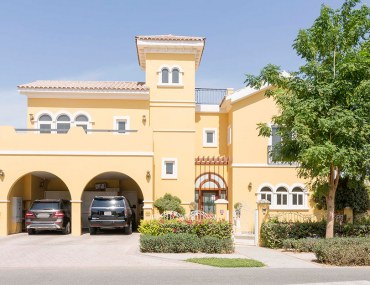 villa for sale in The Villa