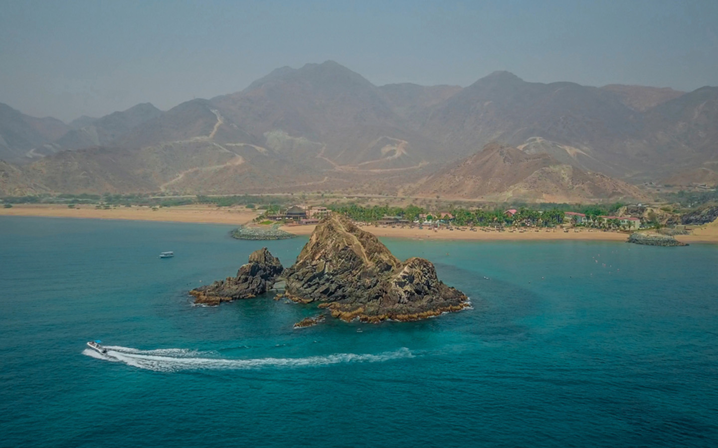 Fujairah has some amazing spots for snorkeling and diving