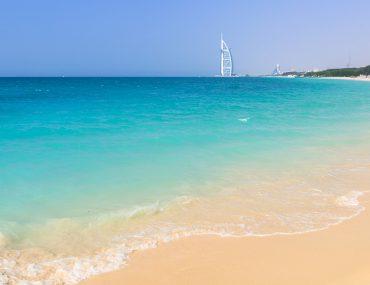Beautiful views of sand and water at Jumeirah Public Beach