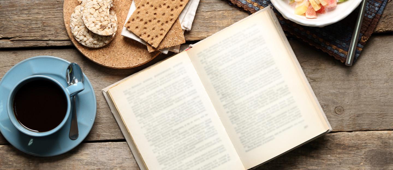مقاهي الكتب دبي نكهات الكلمات ومذاقات الحروف