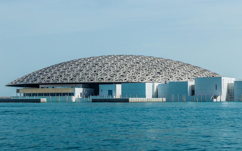 متحف اللوفر في ابوظبي