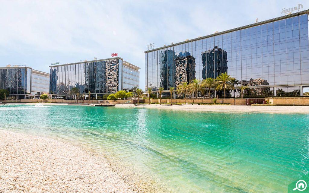 الشركات في مدينة دبي للإعلام