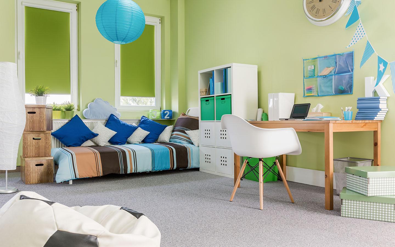 مقاعد صغيرة للأطفال