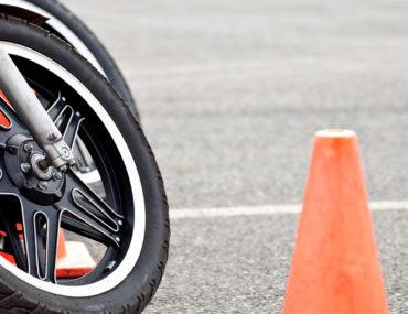 اختبار قيادة الدراجات النارية