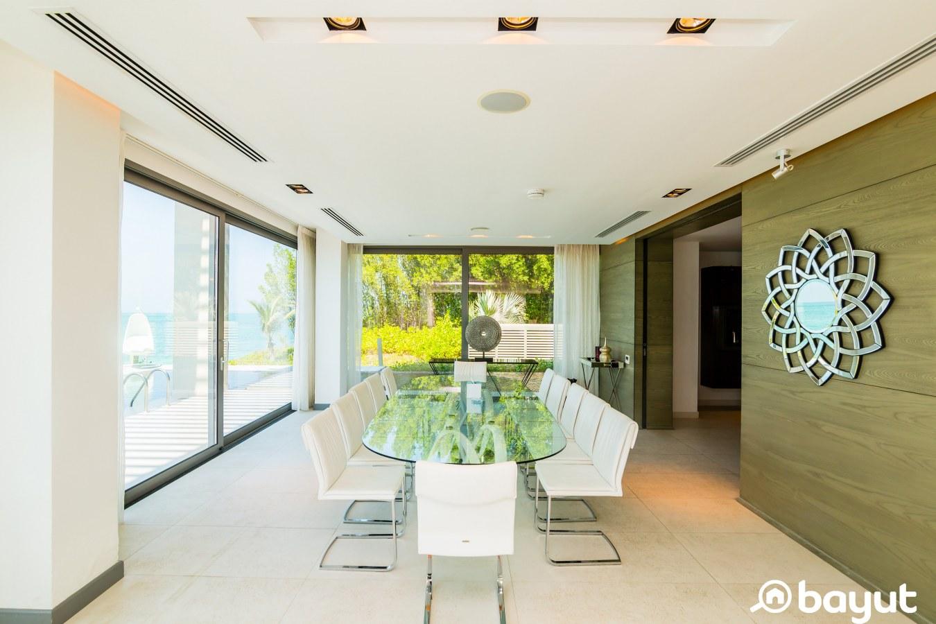 dining room in a 4-bedroom villa in nurai island abu dhabi