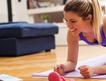 girl taking online fitness classes