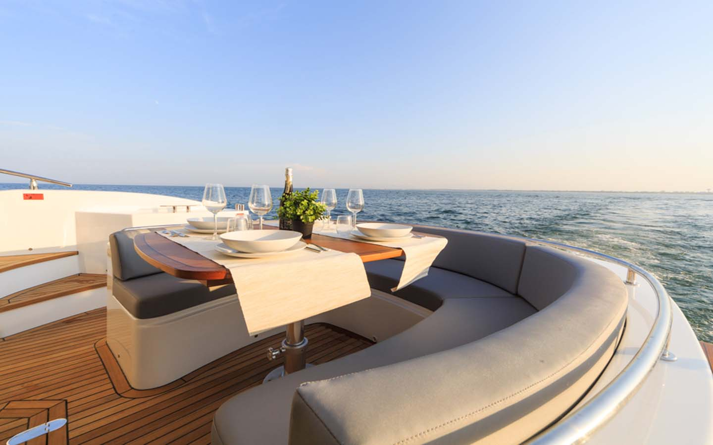 outdoor sitting area in yacht