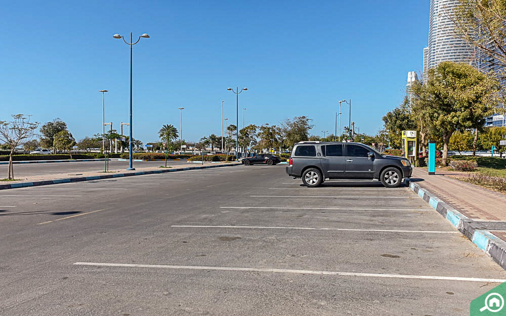 A Guide To Abu Dhabi Parking Rules Mawaqif Permits Charges More Mybayut