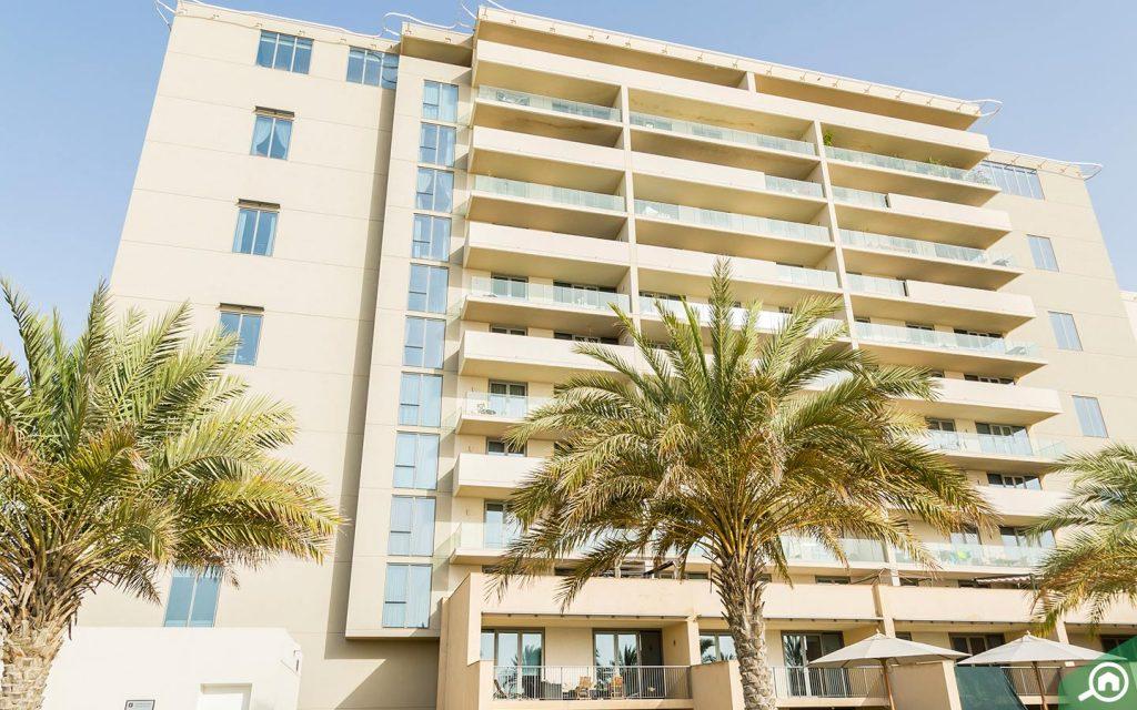 Apartment complex in Al Raha Beach
