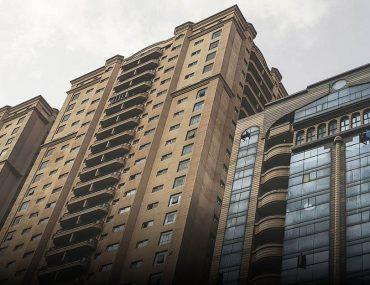 برج سكني في الشارقة