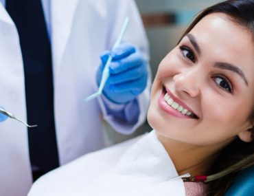 A women being treated at one of the best dental clinics in Abu dhabi