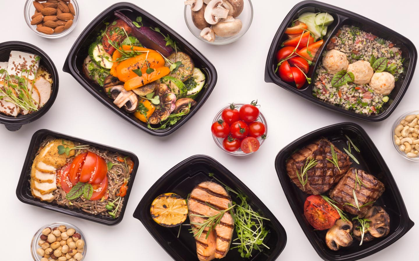 Ready made meals in Dubai made my experts