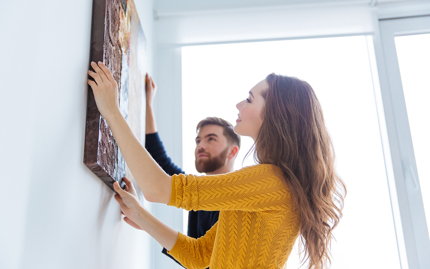 hanging a picture at home