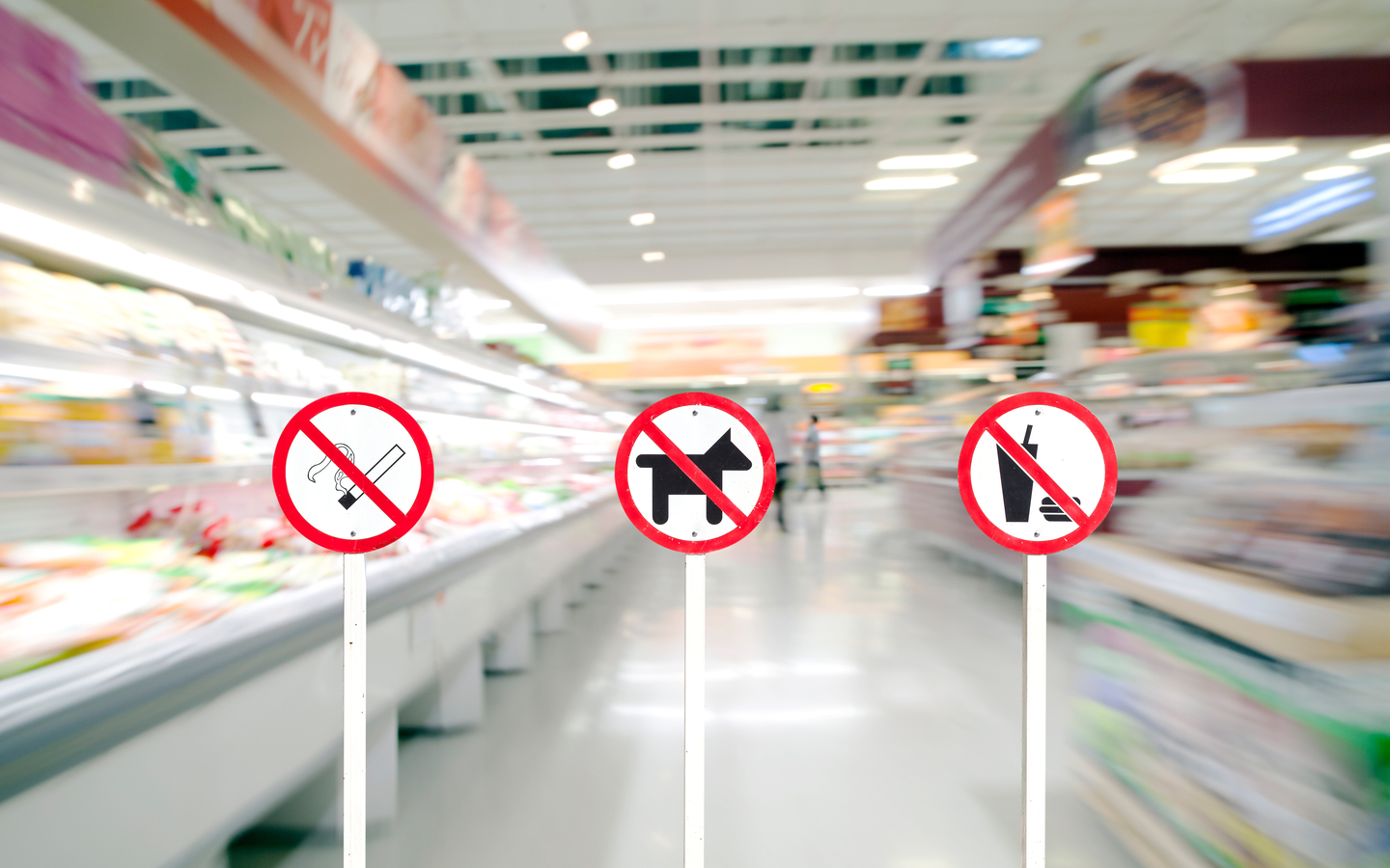 Avoid smoking or bringing pets to the mall.