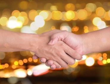 Handshake over materialised deal