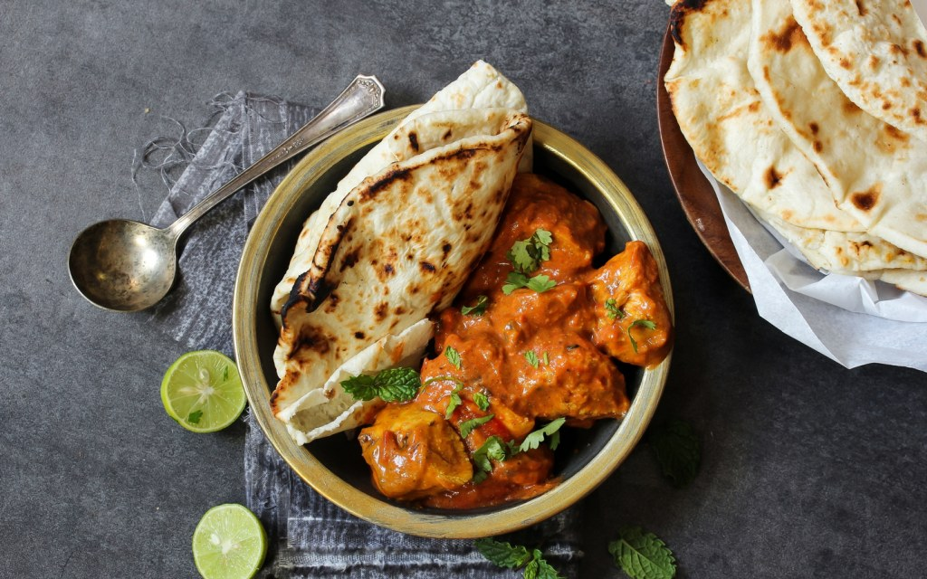 butter chicken with kulcha