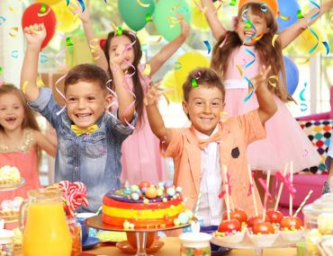 kids celebrating in a birthday party