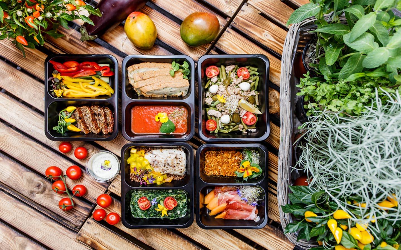 Vegan and paleo meal boxes in Dubai