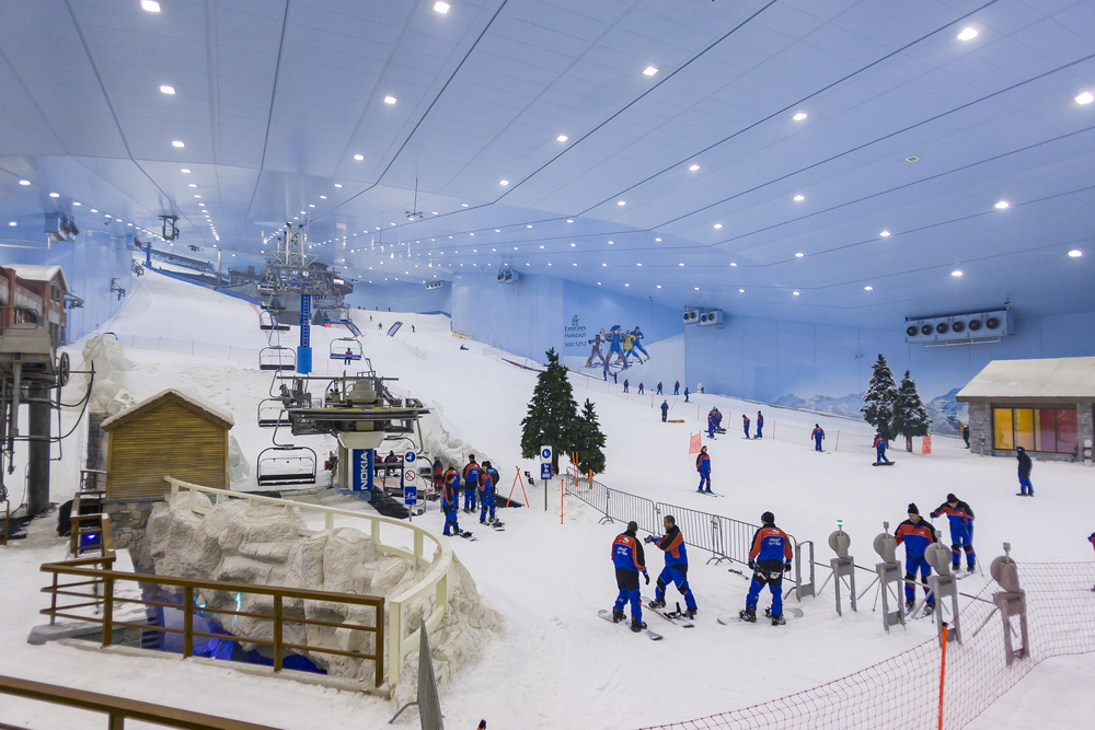 Twelve Epic Ways to Beat the Heat in Dubai this Summer: hit the slopes at Ski Dubai