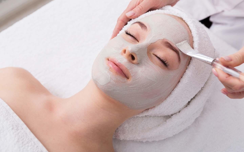 Facial treatment at spas in Jumeirah