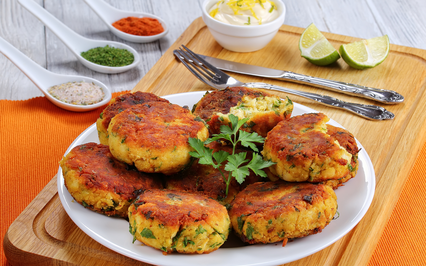 Potato cutlets paired with sauces and spices