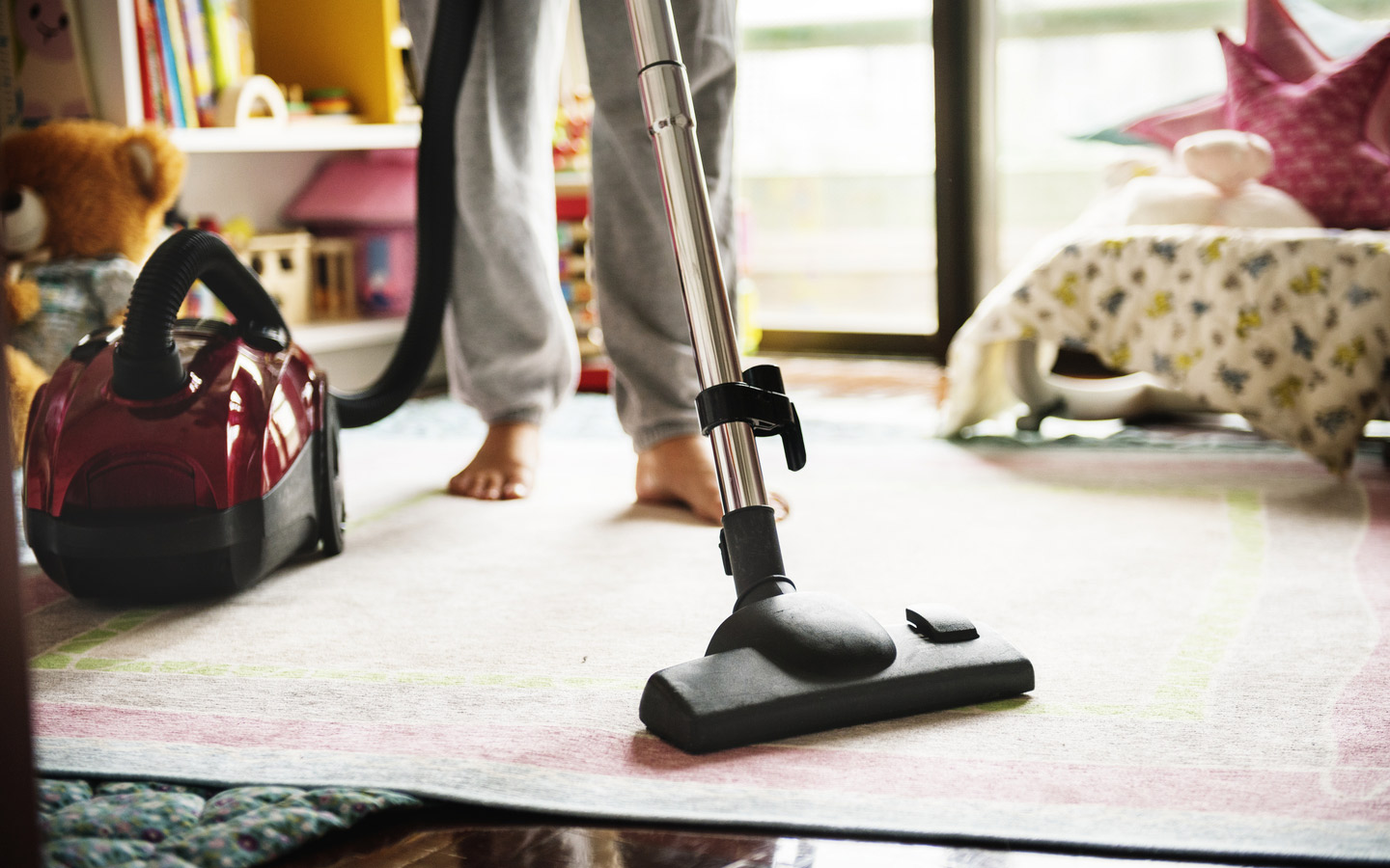 Clean the house before going on vacation