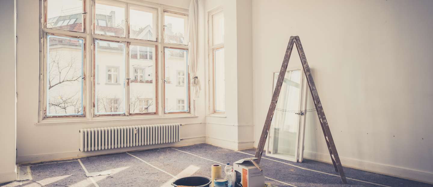 You can easily renovate house by making a proper plan and consulting a proper interior decorator.