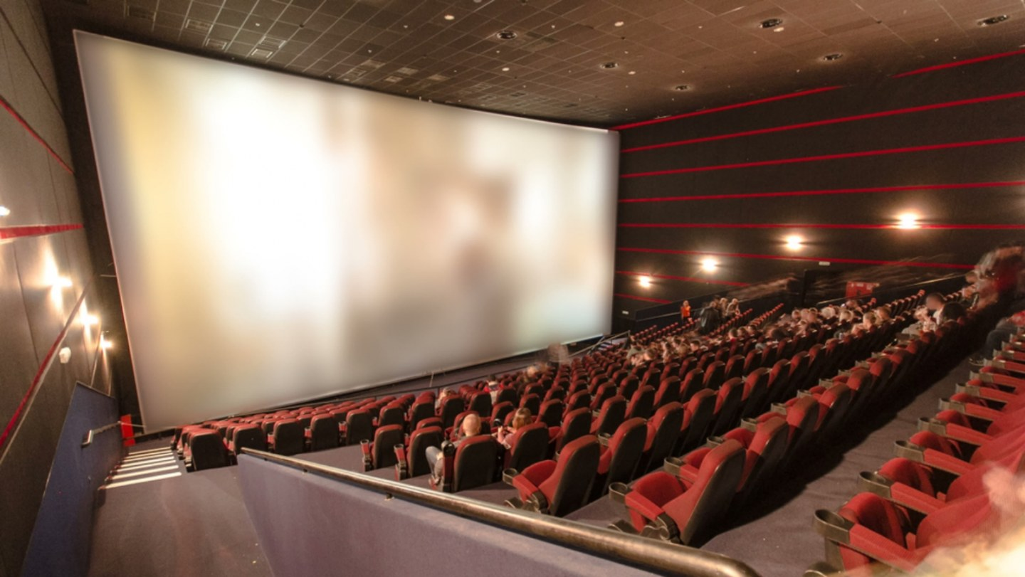 Dubai Marina Mall can offer you a mind-blowing movie-watching experience.