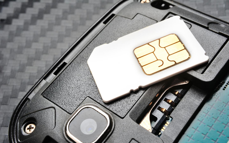 دو واتصالات هما المزودان الرئيسيان للخدمات الخليوية في الإمارات