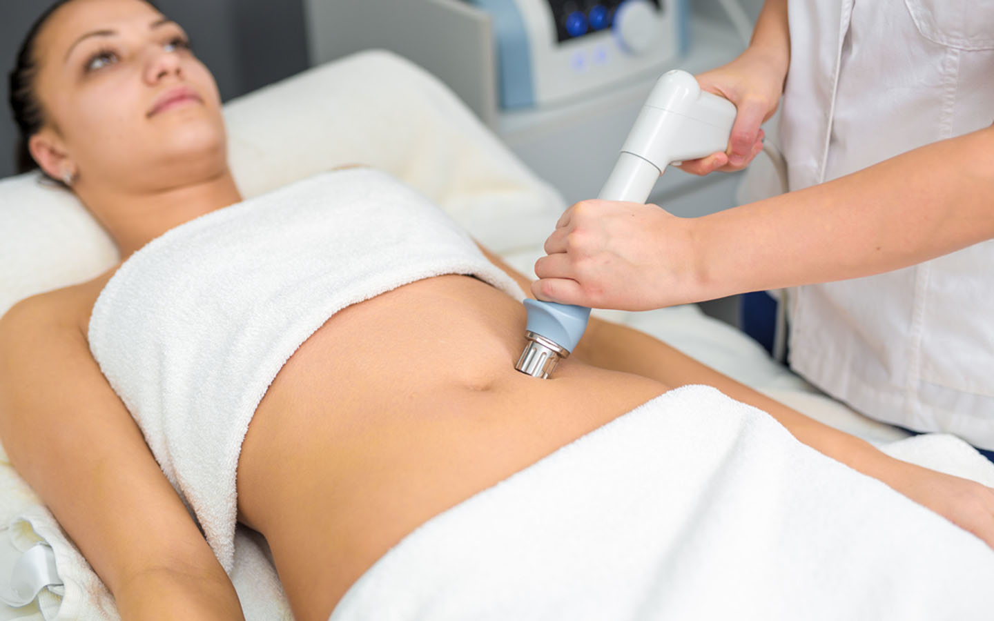 Anti-cellulite treatment at a clinic