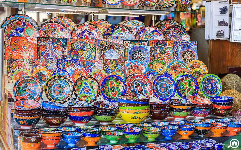 souvenirs at spice souk in dubai
