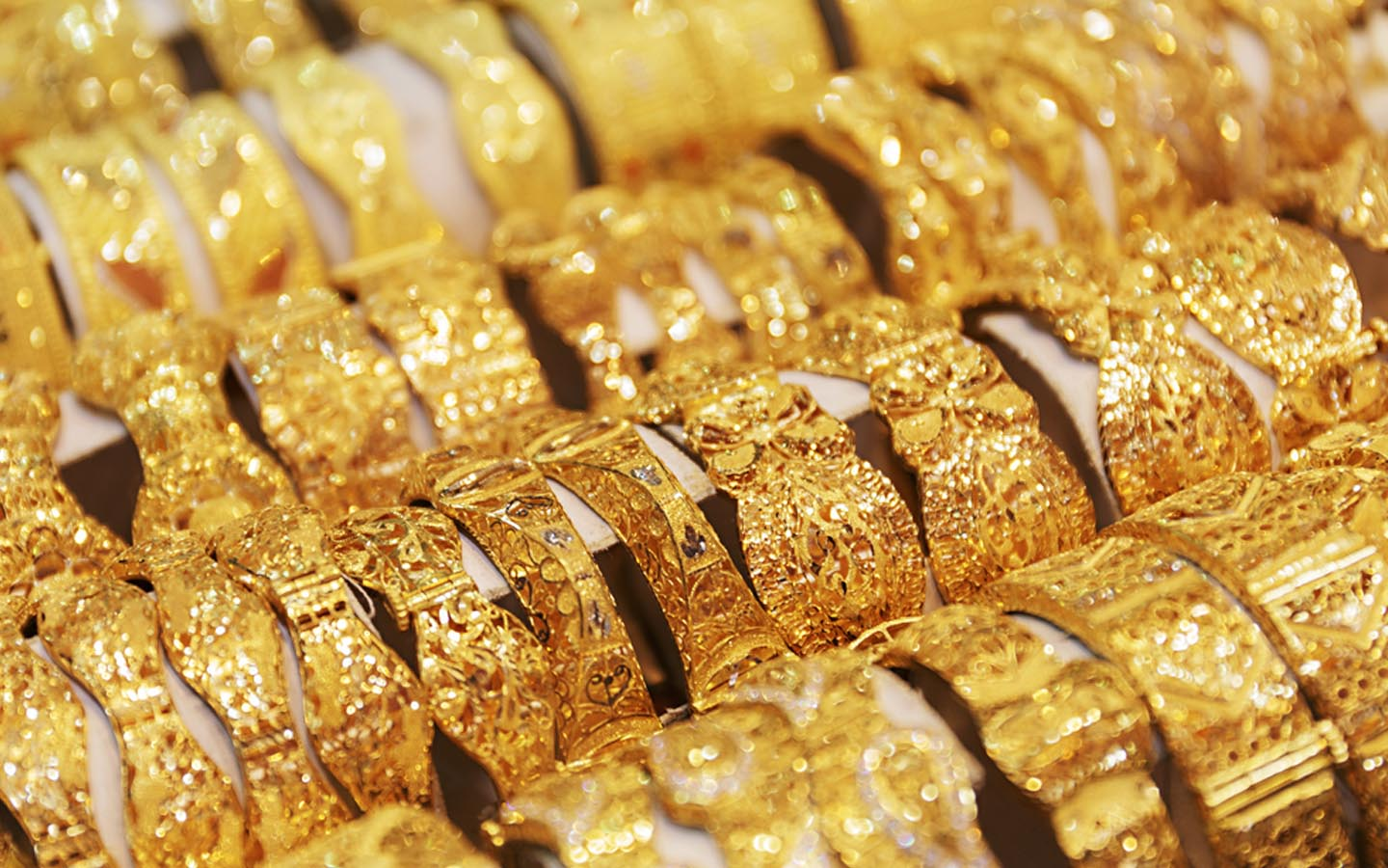 A big drop in the price of gold in Pakistan