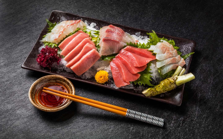 السوشي هو طبق ياباني أصيل