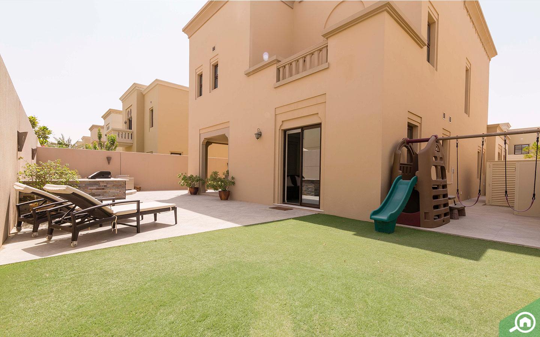 Private garden in Arabian Ranches Villa