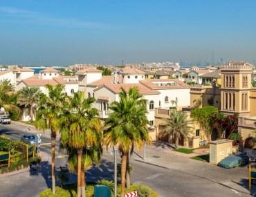 invest in Dubai or Abu Dhabi