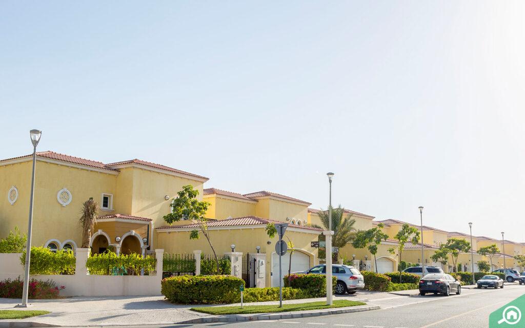 villas in jumeirah park