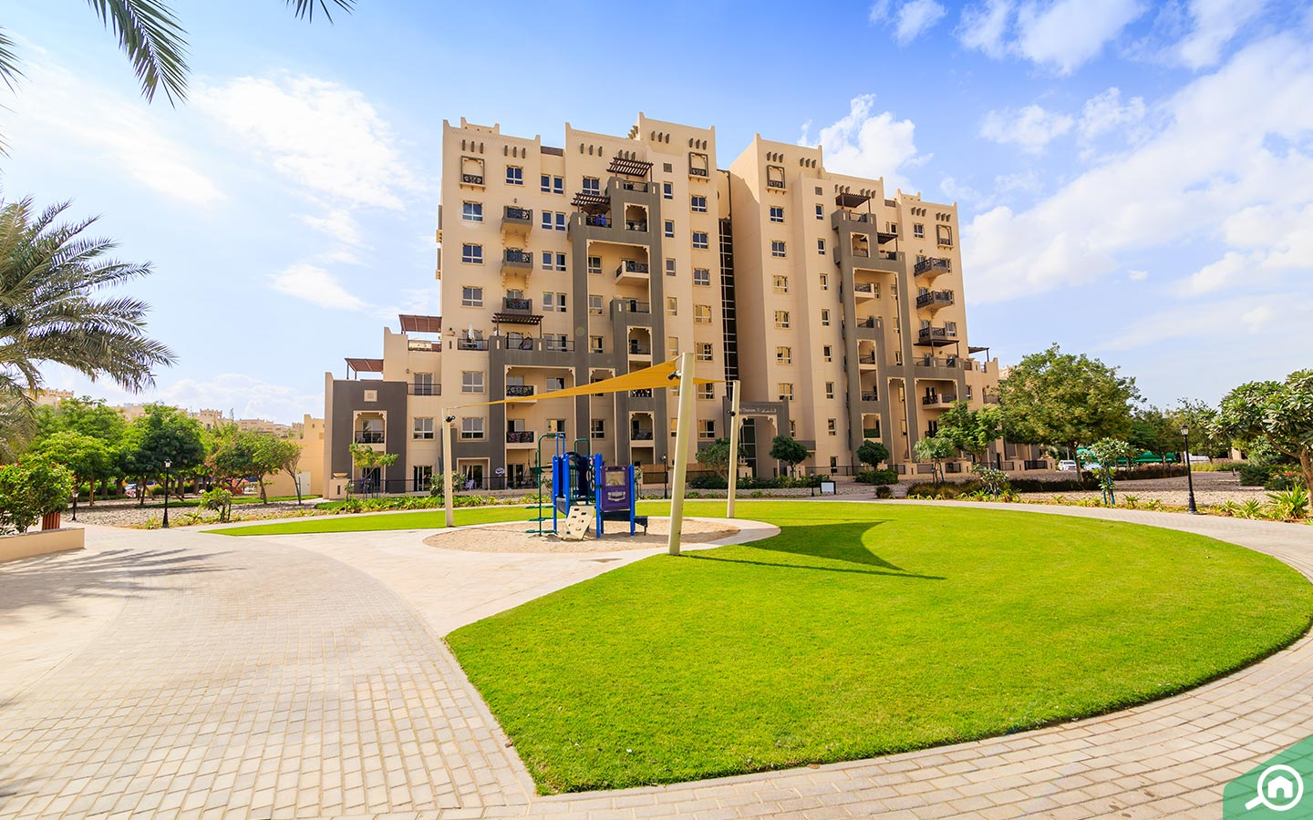 walking track in front of remraam apartments