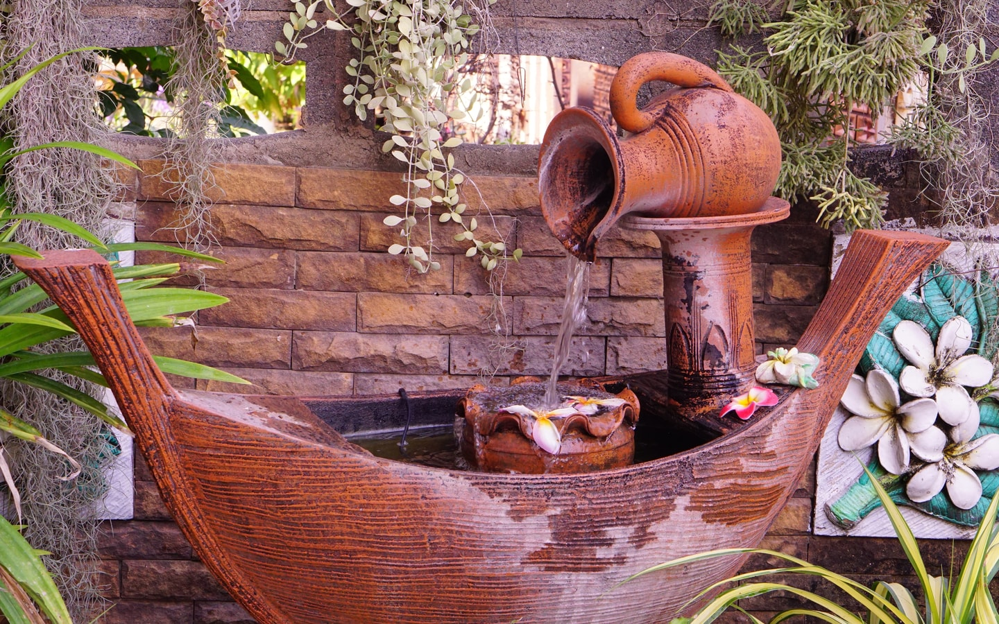 Incorporate water features when you build you own resort in the backyard.